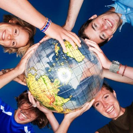 Imagen de la cooperación . Fuente: http://dhticzwei.wikispaces.com