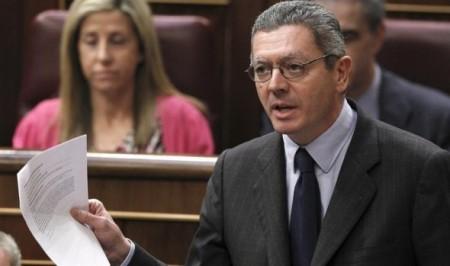 Gallardón presentando el anteproyecto de la reforma de la Ley del Aborto